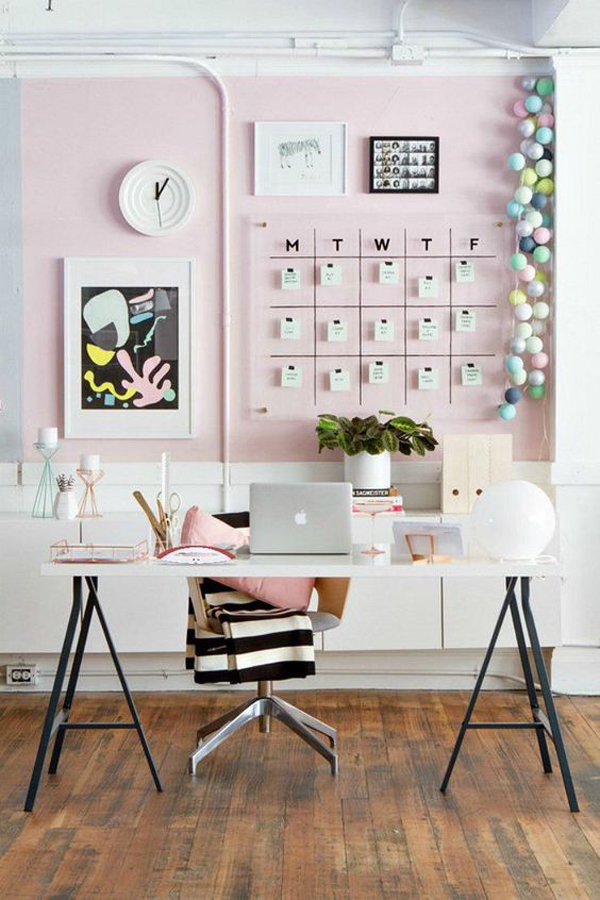 cute-pink-home-office-design