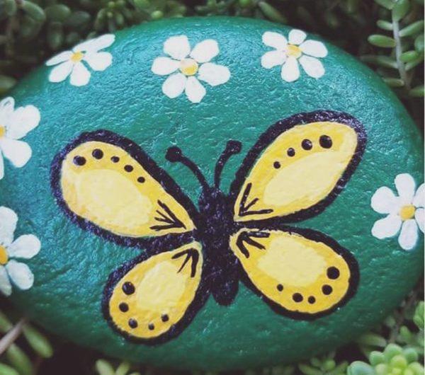 10 DIY Painted Rocks For Kid-friendly Garden