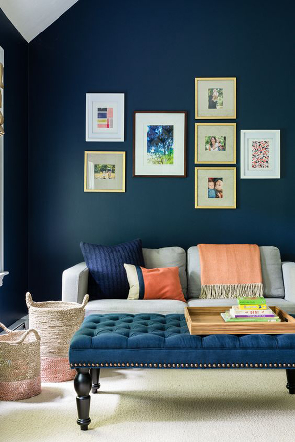 family-friendly-living-room-with-blue-accent-wall