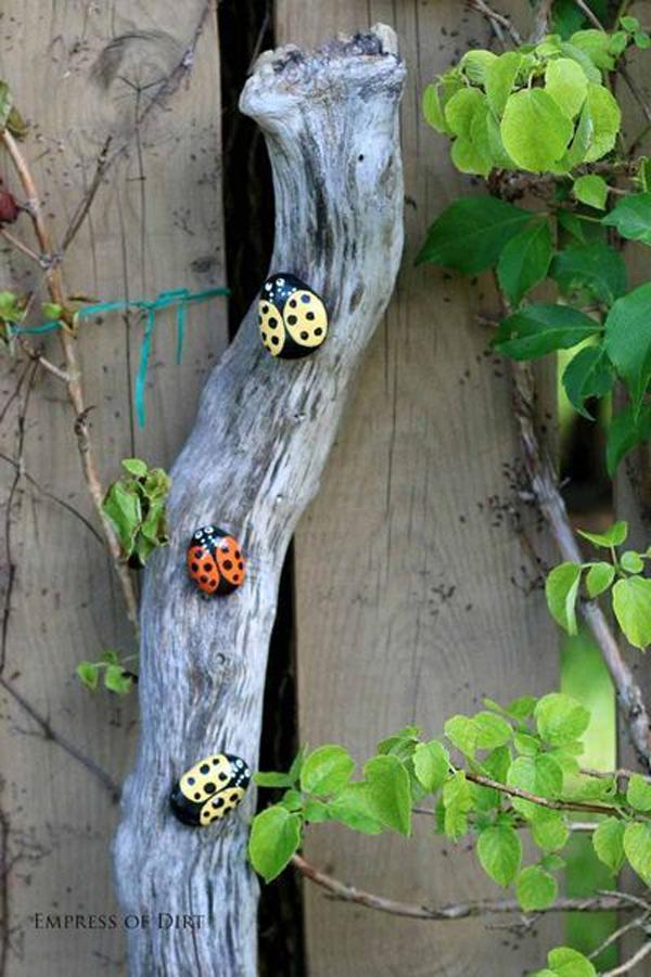 ladybug-painted-rock-garden-landscapes