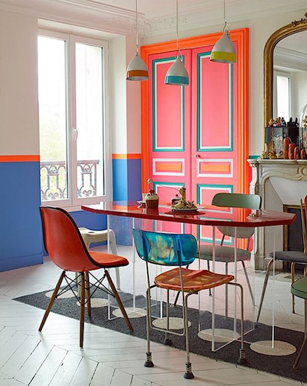 mid-century-dining-room-with-colorful-doors