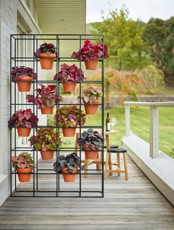 modern-vertical-garden-for-outdoor-patio