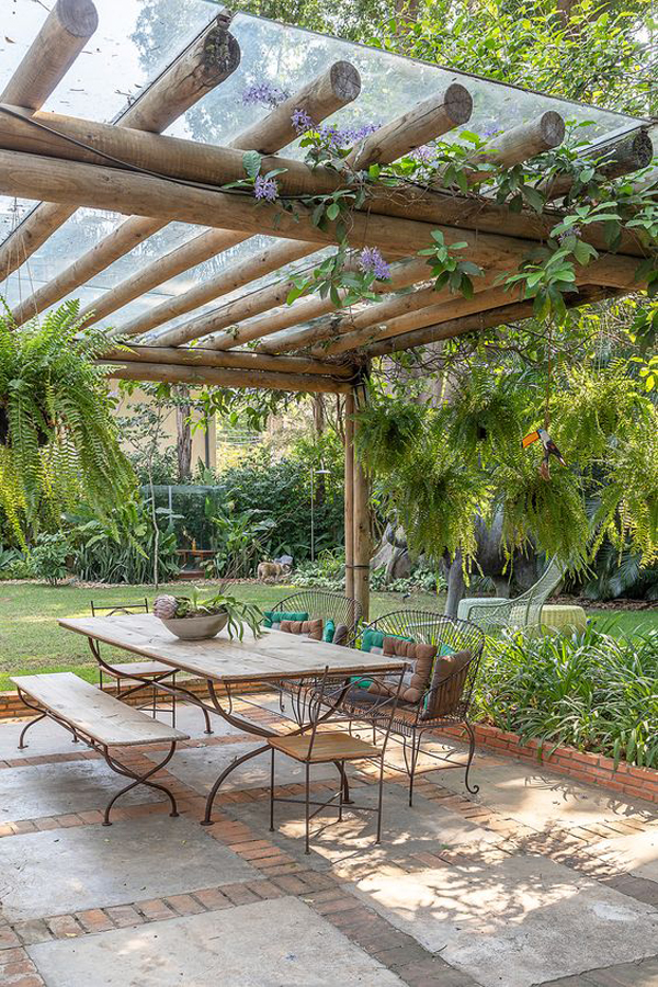 natural-bamboo-pergolas-with-glass-roof