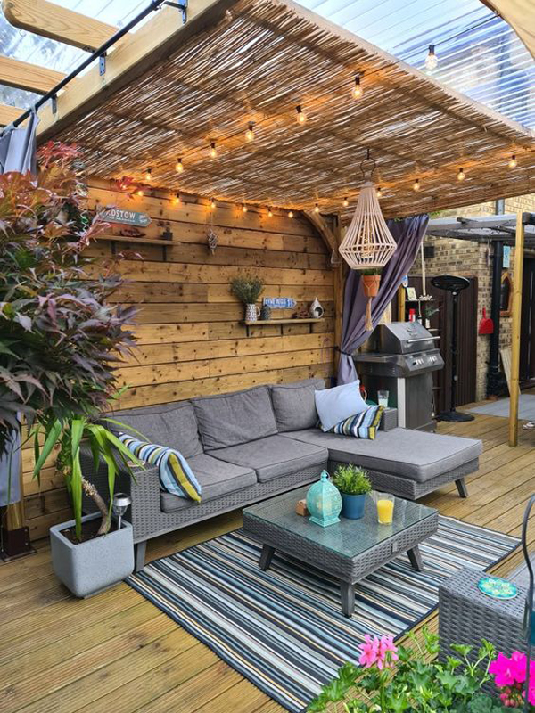 outdoor-living-space-with-bamboo-pergola-roof-ideas