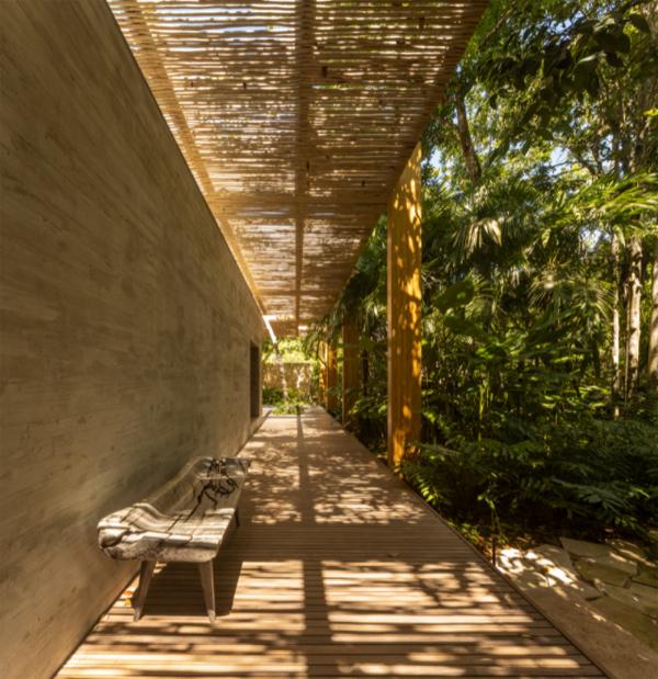 outdoor-wood-hallway-design