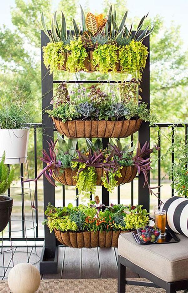 small-balcony-vertical-garden-ideas
