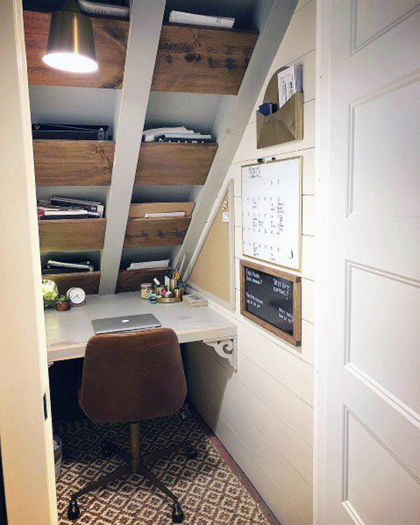 small-loft-home-office-with-roof-shelves