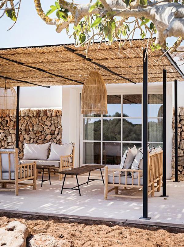 tropical-bamboo-pergola-like-holiday