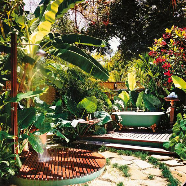 tropical-style-outdoor-tubs