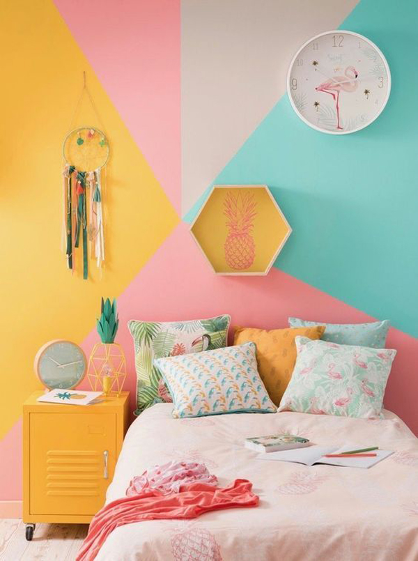 tropical-theme-bedroom-with-colorful-pastel-decor