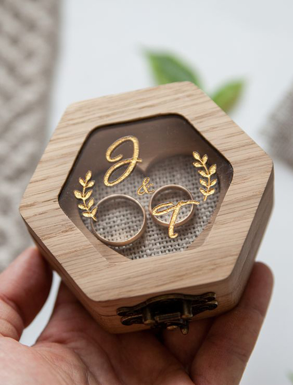 wooden-engagement-ring-box