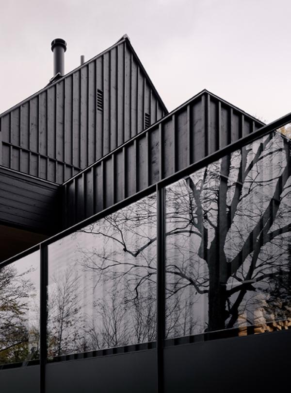 MTR-black-lake-house