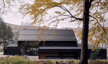 MTR-lake-houses