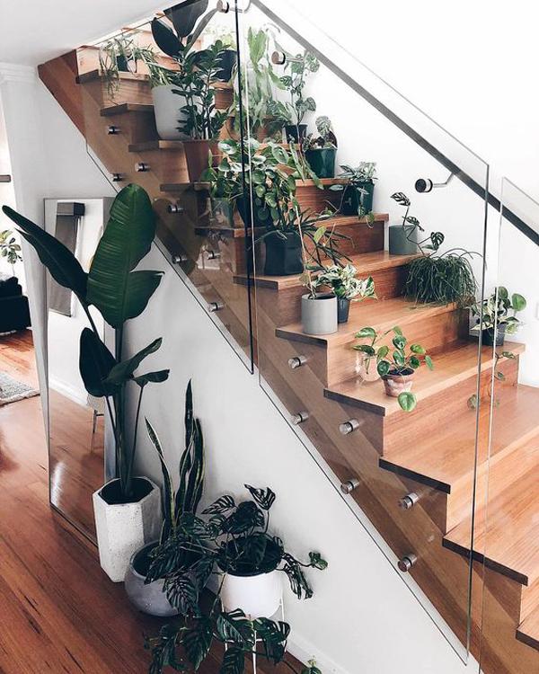best-instagram-staircase-garden