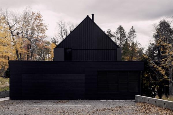 black-MTR-house-garage