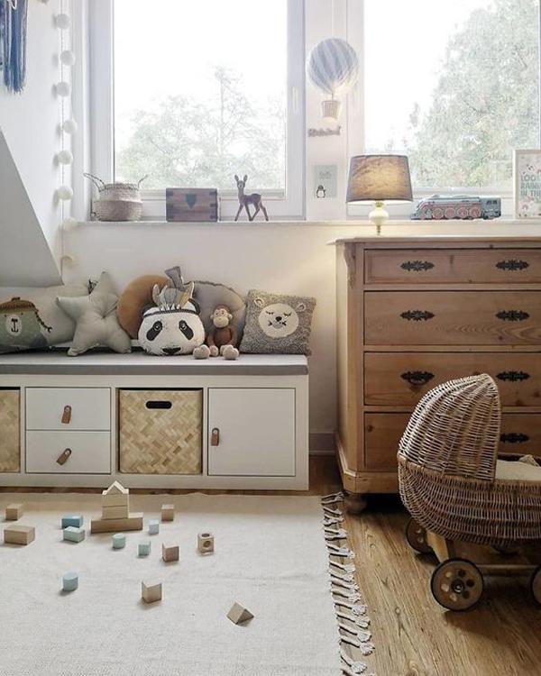 bohemian-kids-playroom-with-ikea-kallax-hacks