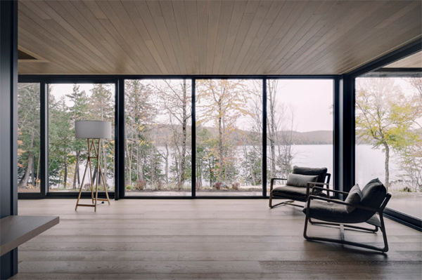 cozy-seating-areas-with-lake-view