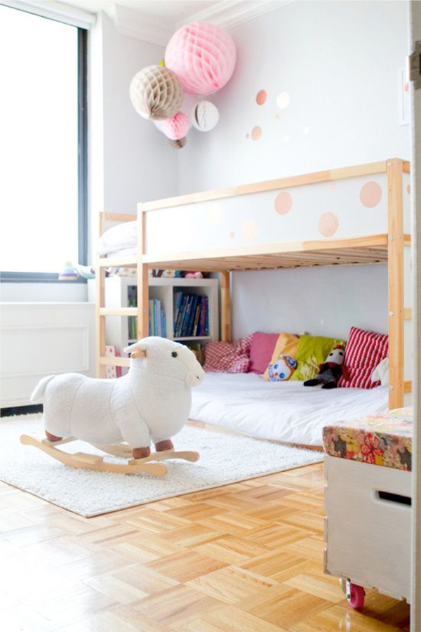 cute-girl-bunk-bed-with-play-space