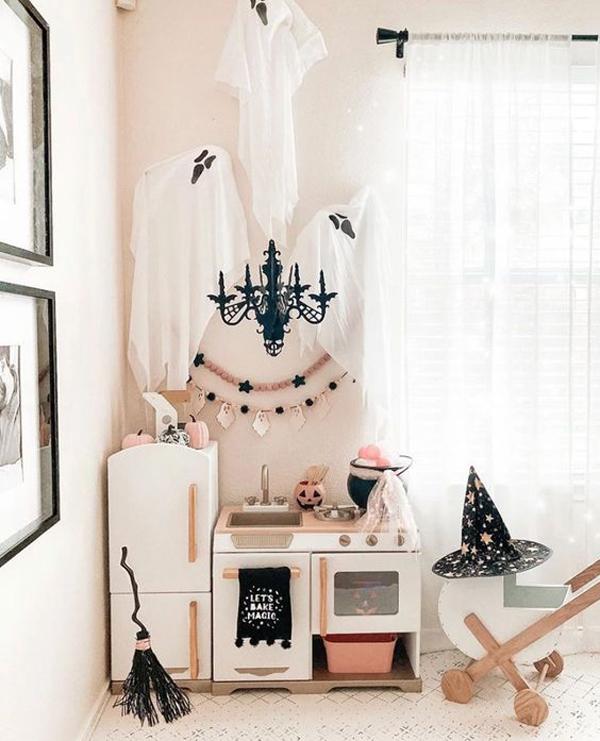 halloween-kids-playroom-ideas