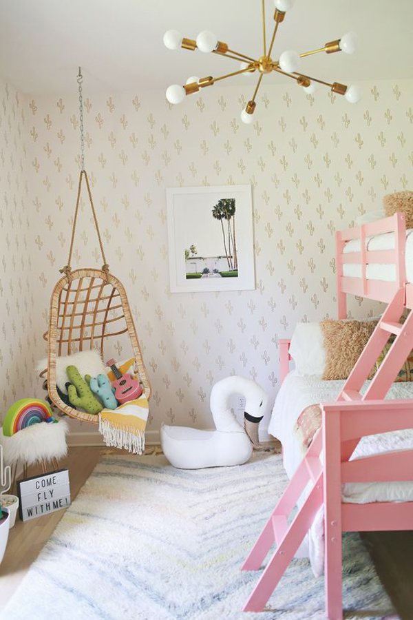 inspired-girl-bedroom-with-play-area