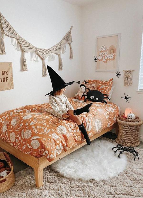 little-girl-bedroom-design-for-halloween
