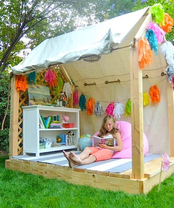 outdoor-diy-playhouses-with-reading-nook