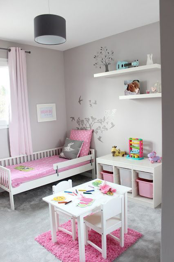 pink-and-grey-bedroom-with-play-space