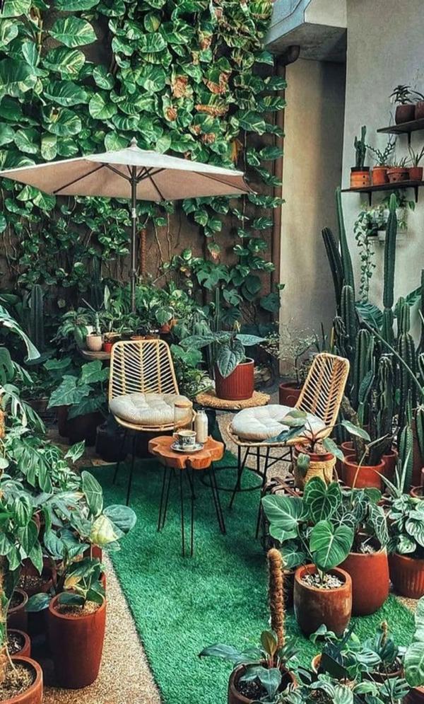 plant-inspired-balcony-design