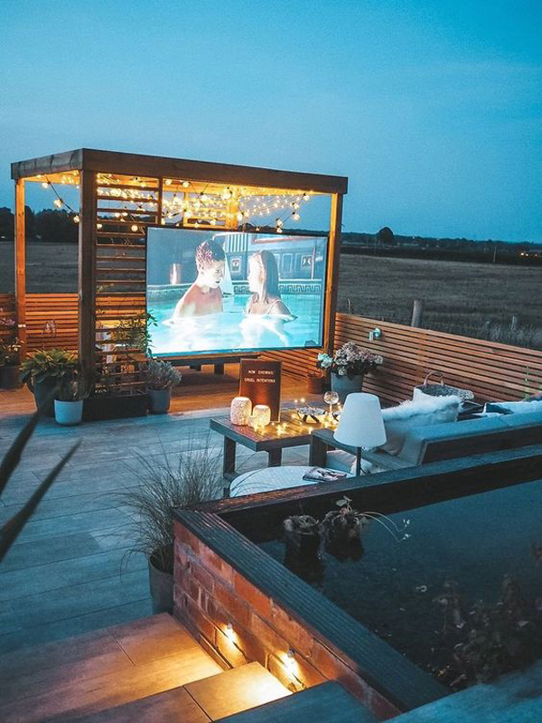 rooftop-home-theater-with-pool