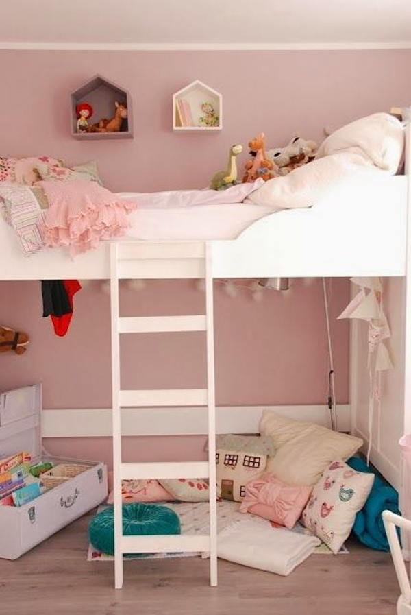 simple-pink-bunk-beds-for-little-girl