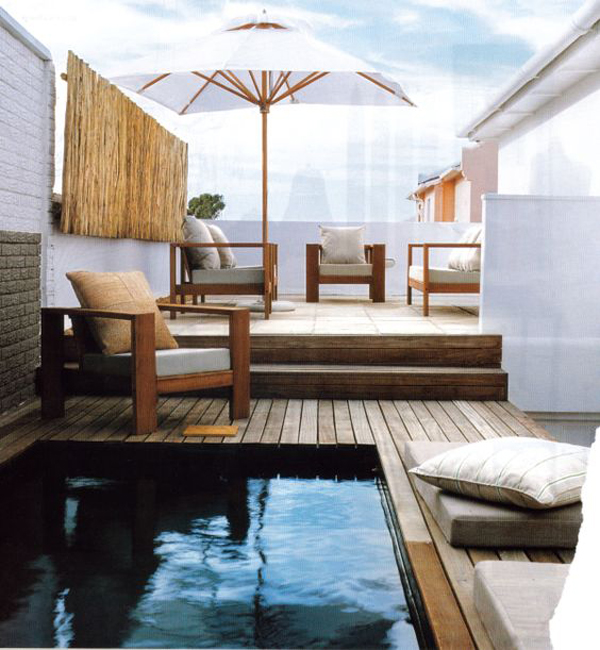 small-plunge-pool-design-in-the-rooftop