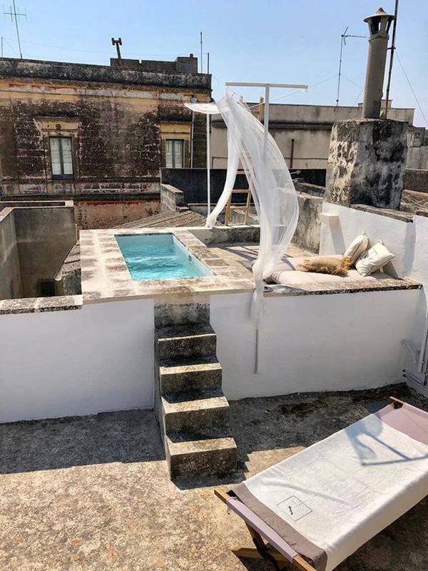 tiny-rooftop-pool-ideas