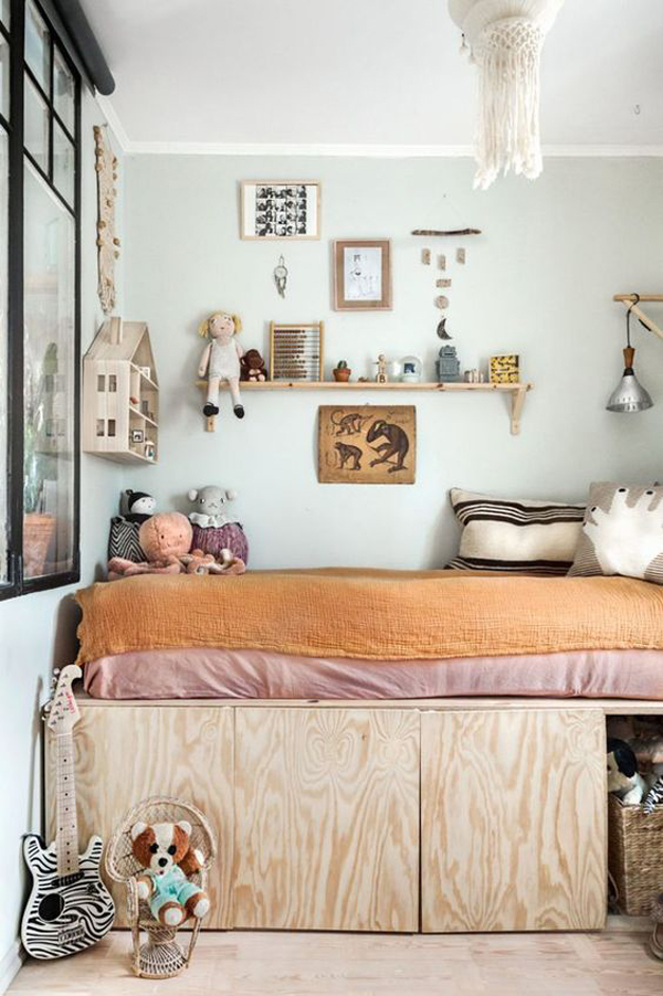 vintage-girl-bedroom-with-under-toy-storage