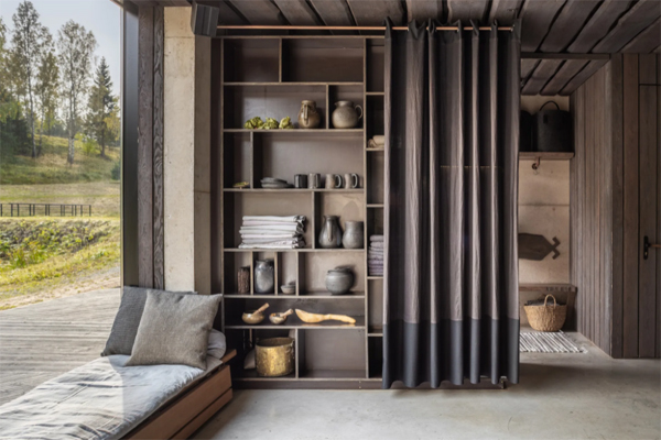 window-seating-with-wooden-cabinet