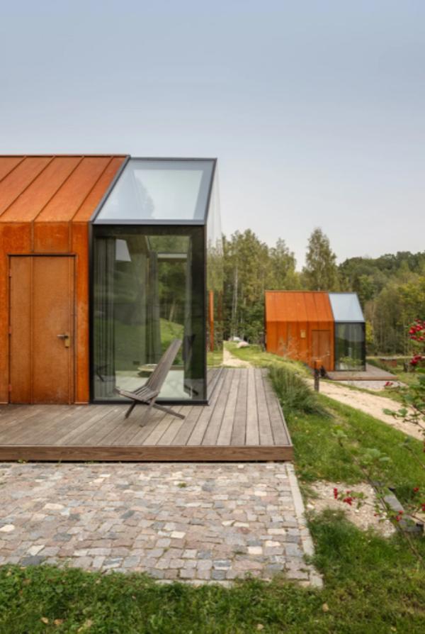 ziedlejas-wellness-resort-with-deck-floor