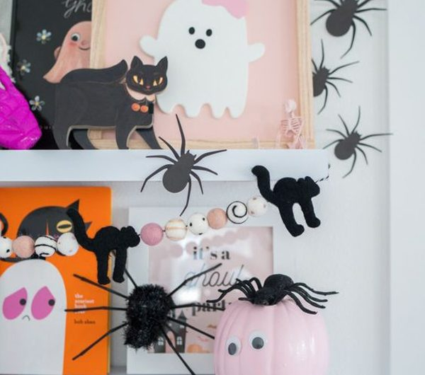 22 Cute And Scary Pink Halloween Decor Ideas