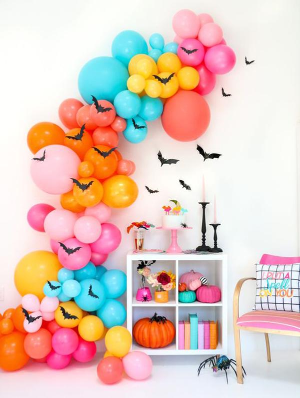 colorful-diy-halloween-decor-with-balloon