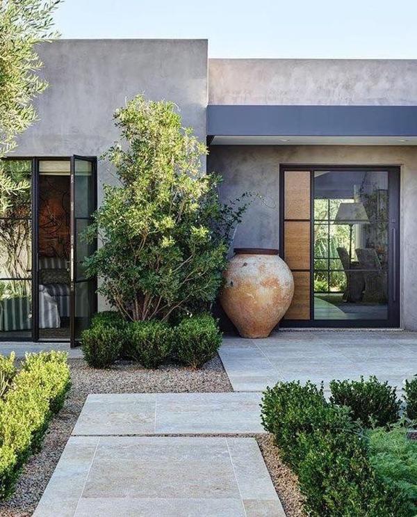 concrete-entrance-landscaping-ideas