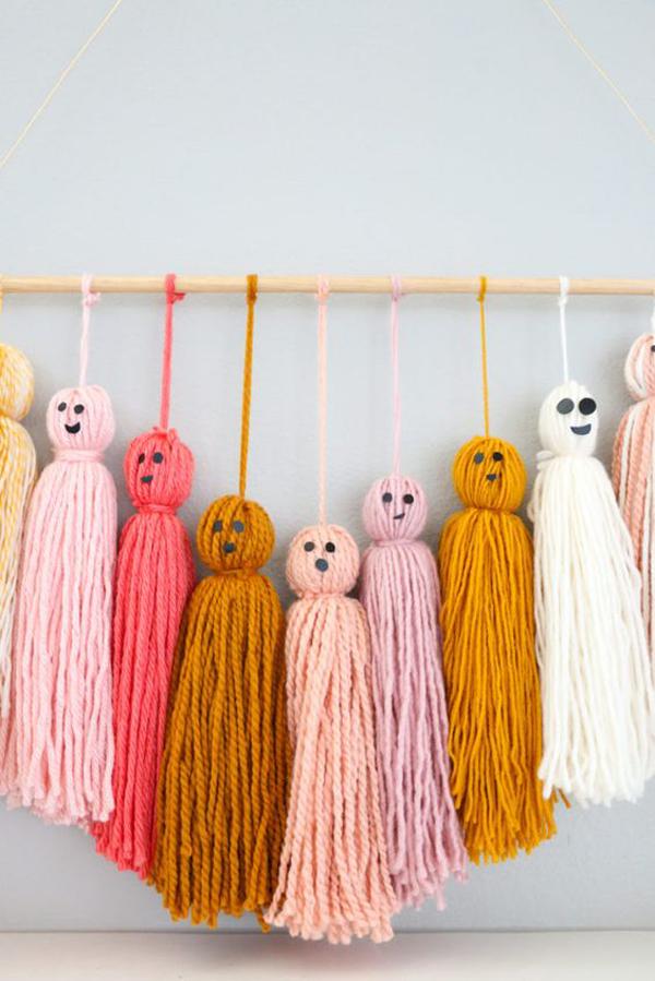 cute-diy-friendly-ghost-halloween-garland