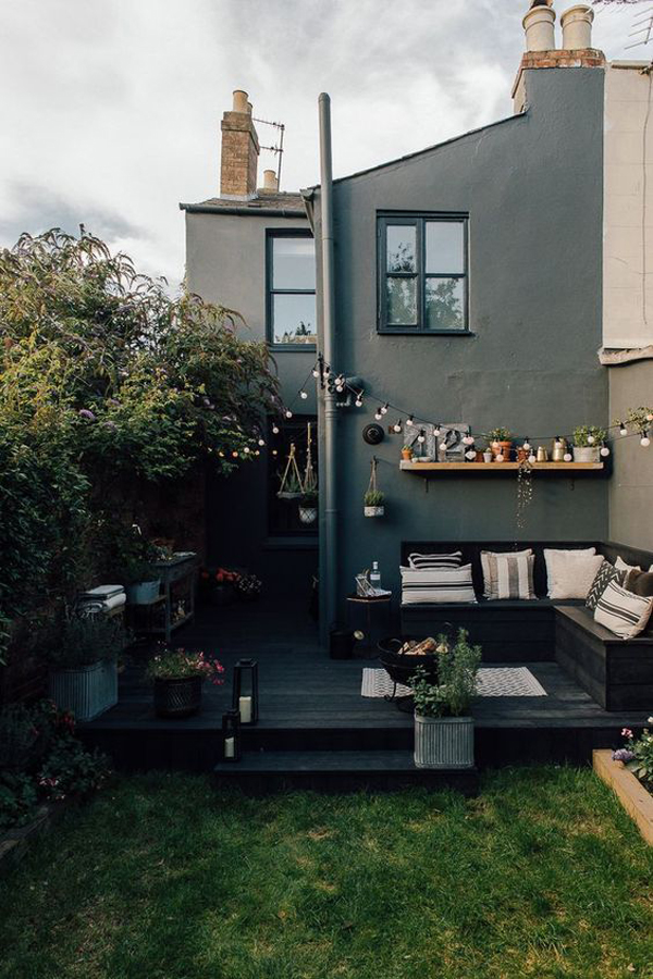 garden-decking-with-outside-living-areas
