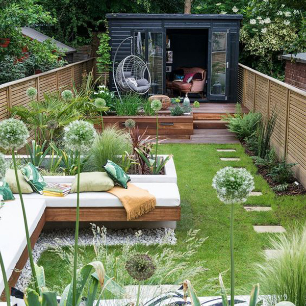 grass-outdoor-patios-with-raise-the-bed