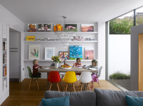 kid-friendly-dining-room-with-open-space