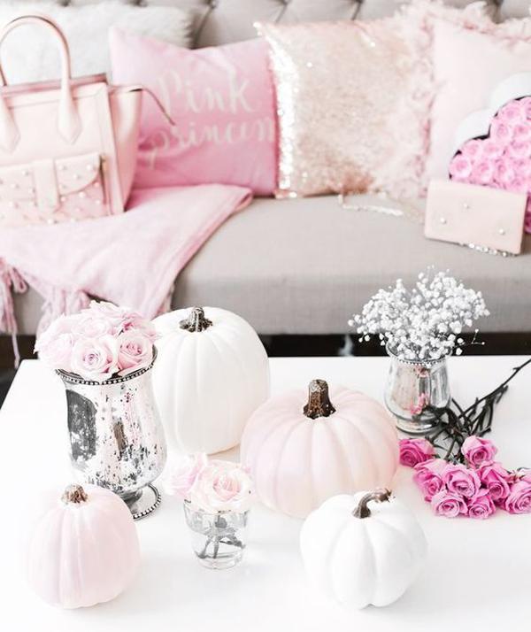 pink-glam-halloween-decor-ideas