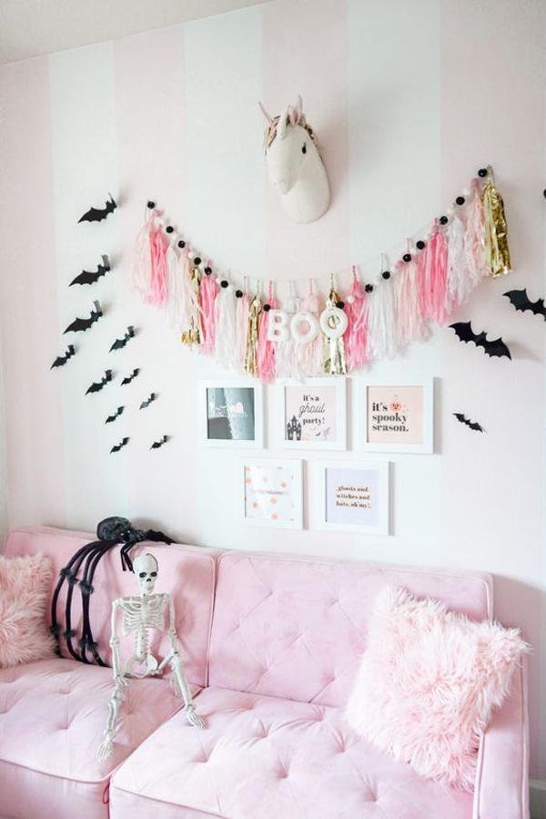 pink-halloween-living-room-design