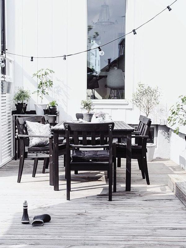 scandinavian-outdoor-decking-living-space