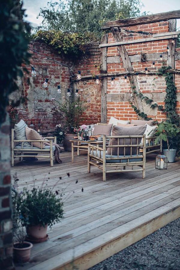 shabby-chic-backyard-decks