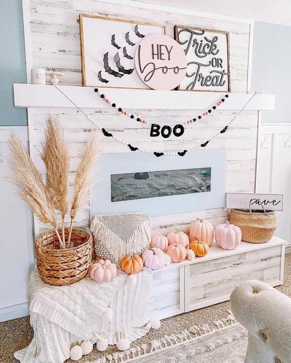 trendy-boho-halloween-faux-mantel-decor