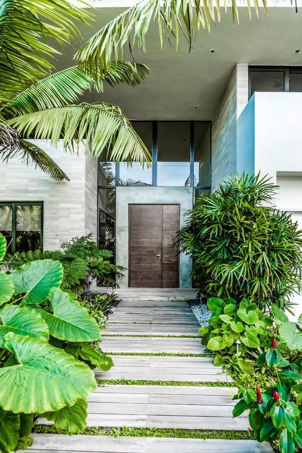 tropical-entrance-decor-ideas