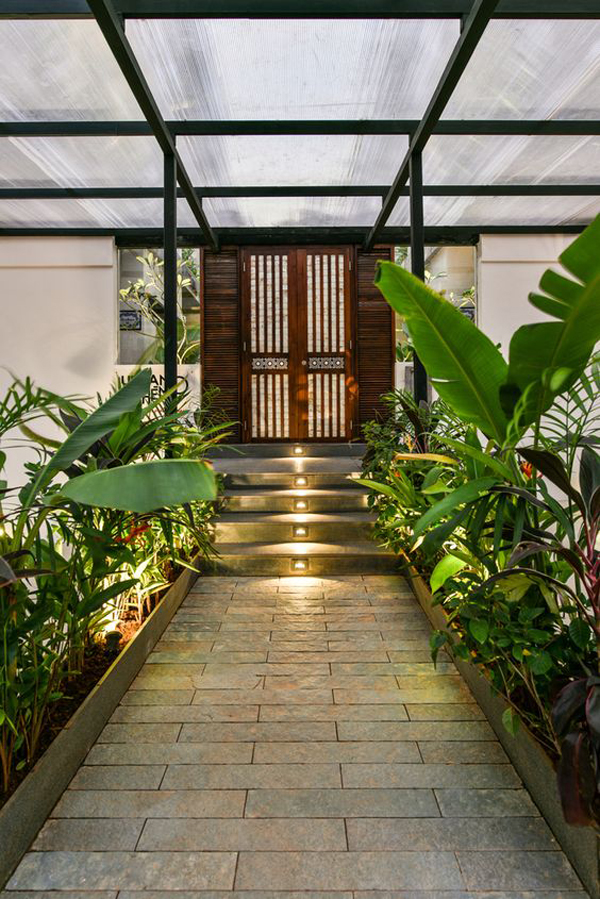 urban-entrance-design-with-tropical-plants