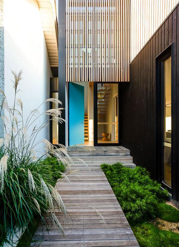 wooden-entrance-design-with-landscapes